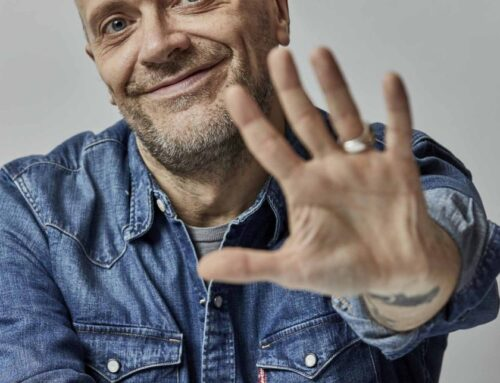 Max Pezzali azzecca la ballad autunnale con Qualcosa di nuovo